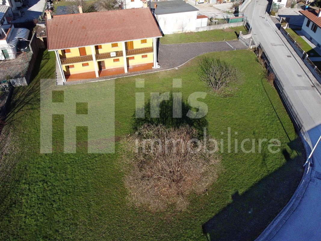 Artegna - Villa 265.000