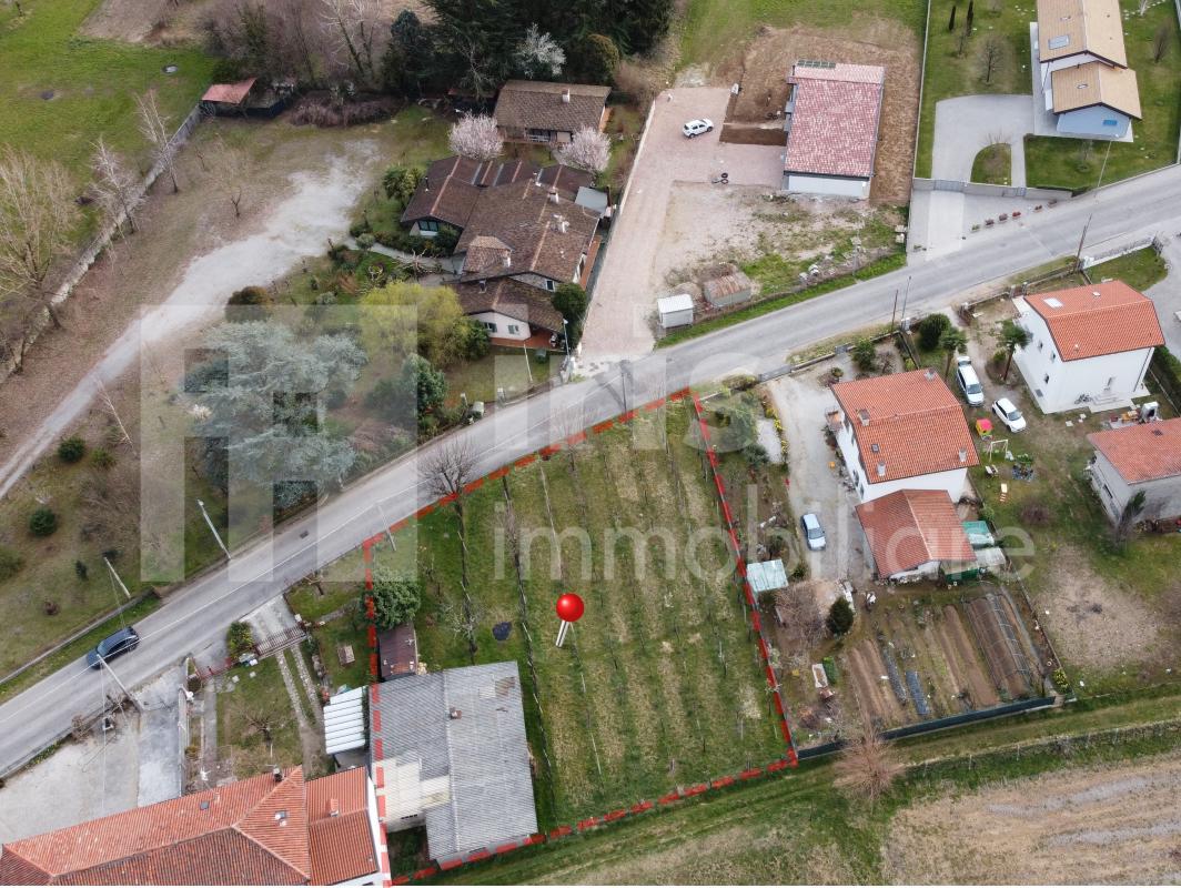 Terreno edificabile Qualso di Reana - 69.000 €